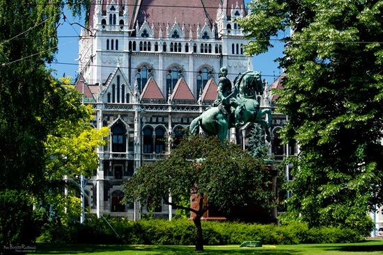parliament20110526