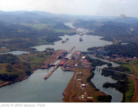 'panama canal' photo (c) 2005, dsasso - license: http://creativecommons.org/licenses/by-sa/2.0/