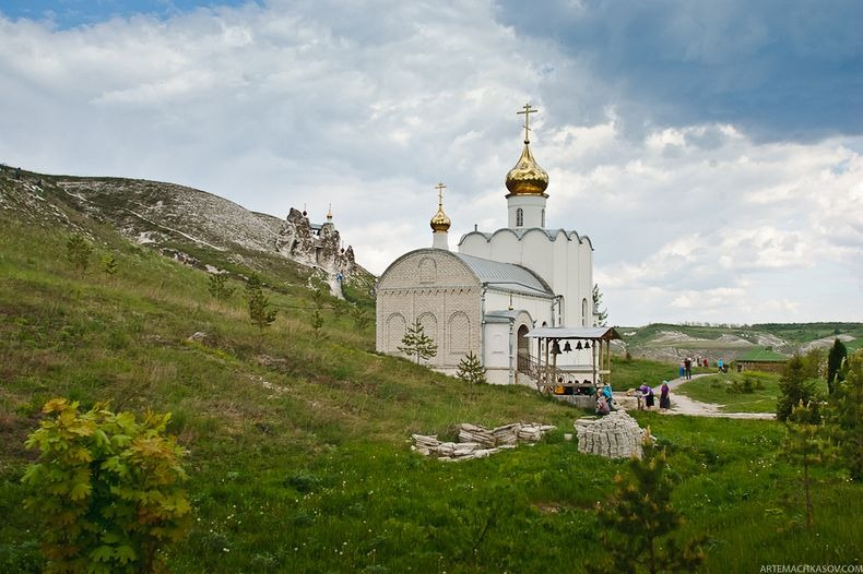 Svyato-Spassky-Convent-13