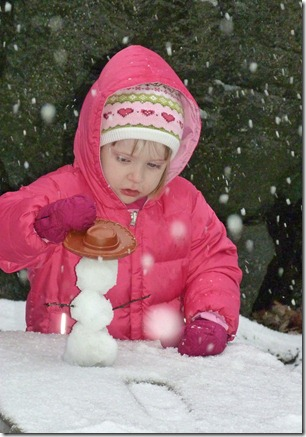 Caitlin and Vivi in Snow 1