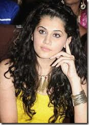Taapsee_cute_stills