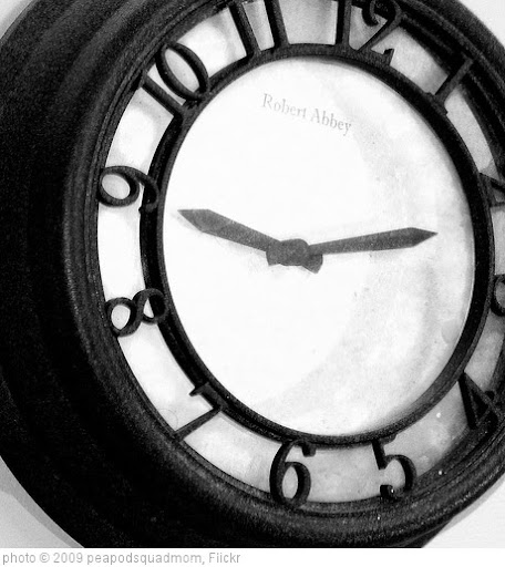 'i hate time change' photo (c) 2009, peapodsquadmom - license: http://creativecommons.org/licenses/by/2.0/