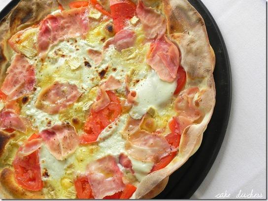 brie-and-ham-pizza-pizza-con-prosciutto-cotto-e-brie-2