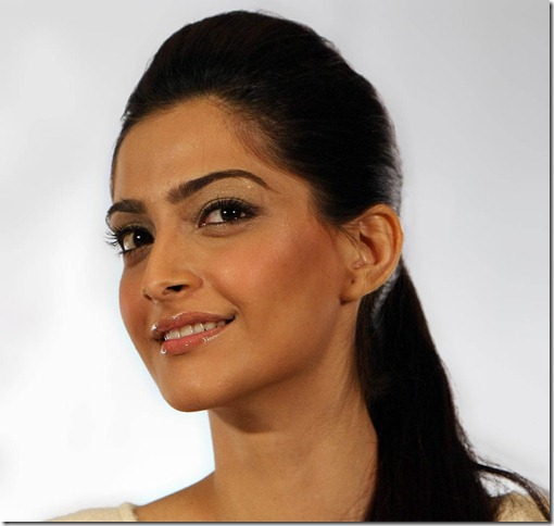 Sonam_Kapoor_gorgeous_still