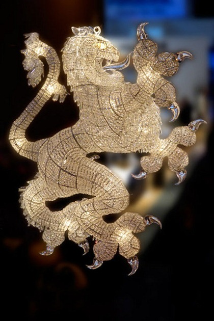 chandelier-art-1