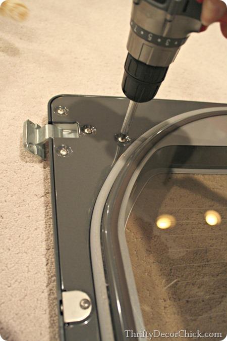 Switching direction of dryer door