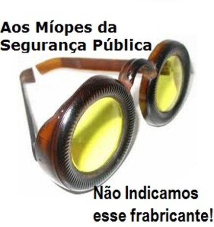 Oculos fundo de garafa