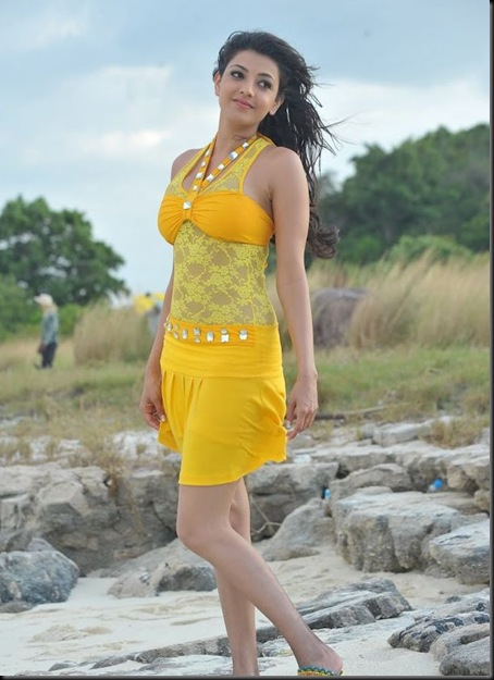kajal_agarwal_hot_photos_businessman_011