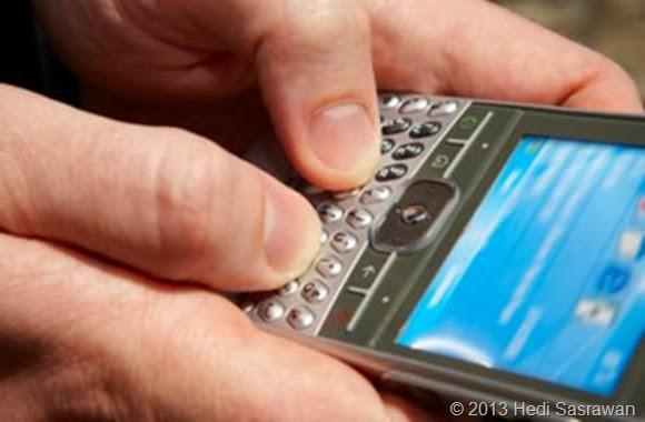 Bagaimana Cara Pacaran Lewat SMS