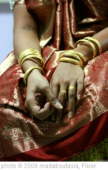 'Before a bangle ceremony' photo (c) 2008, madaboutasia - license: http://creativecommons.org/licenses/by/2.0/