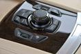 2013-BMW-7-Series-89