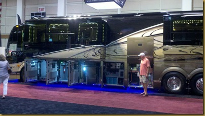 prevost motorhome at rv supershow