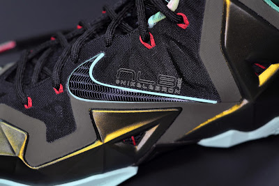 lebron11 king of the jungle 20 web dark LEBRON 11 Breakdown: Yes, its True to Size & Yes, its the Lightest LBJ Sig!