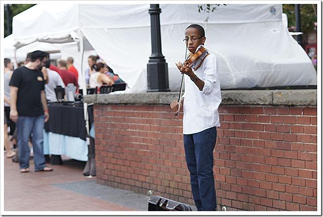street-performer (1)