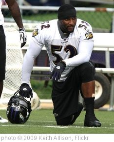 'Ray Lewis' photo (c) 2009, Keith Allison - license: http://creativecommons.org/licenses/by-sa/2.0/