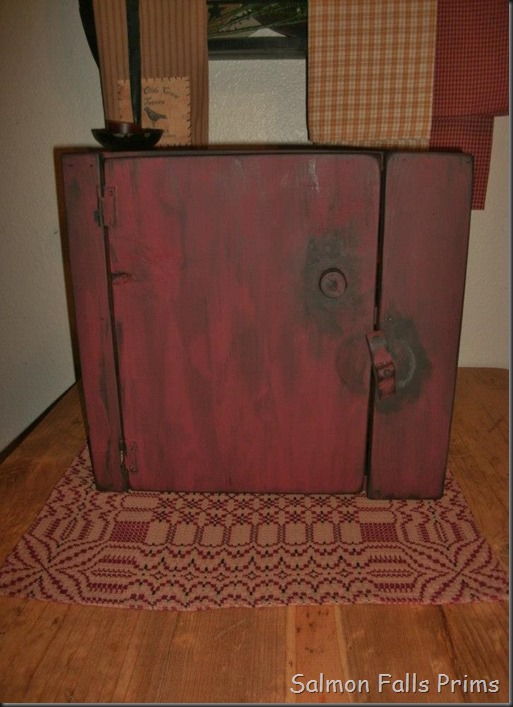 red cupboard1