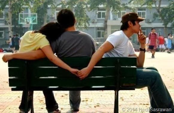 Salahkah Aku Mencintai Kekasih Orang
