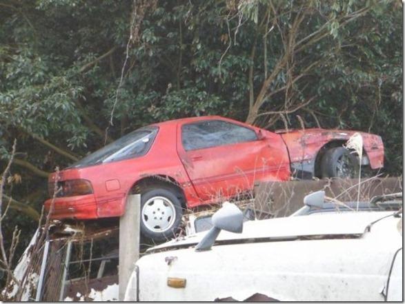 japan-graveyard-old-cars-45