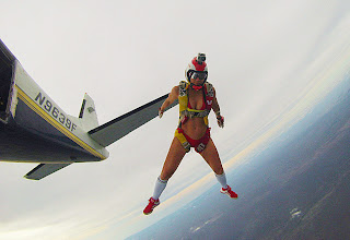 Anais Zanotti Looks Absolutely Sexy and hot Skydiving girls in Bikini Hot Ass