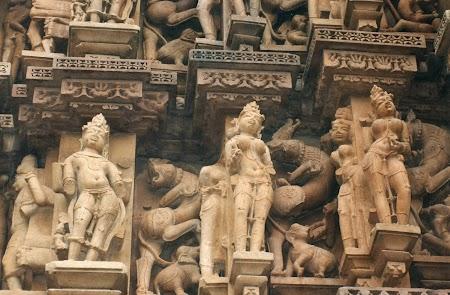25. Statui Khajuraho.jpg