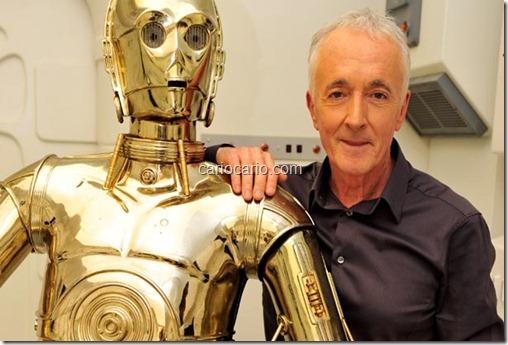 o robô dourado