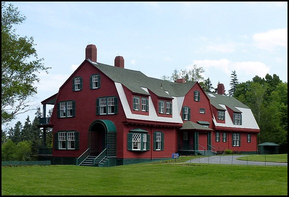 2b - Roosevelt Cottage - closer view