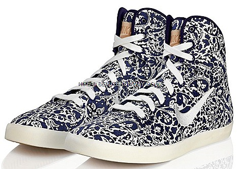 Liberty London X NIKE Hyperclave Dunk Sky High Blaze Free 5.0 Nike Cortez, NIKE Air Max 1, sports shoes footwear apparel