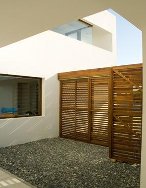 puertas-rejas-de-madera