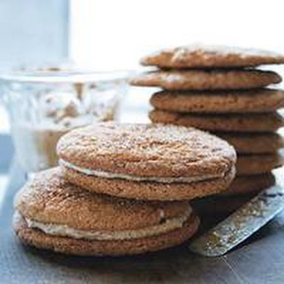 Hazelnut-Cream-Stuffed Snickerdoodle Sandwich Cookies