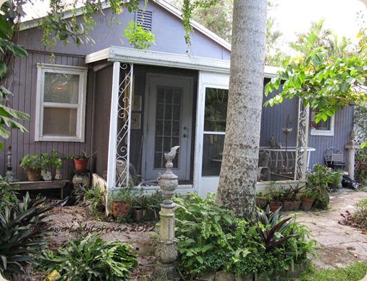 09-27-cottage-east