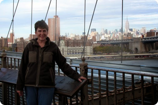 Elaine, Andrea, and Grandma Godby on the Brooklyn Bridge