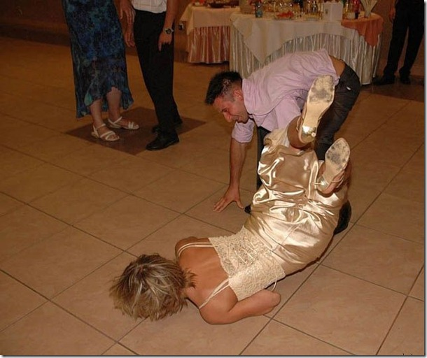 crazy-wedding-moments-34