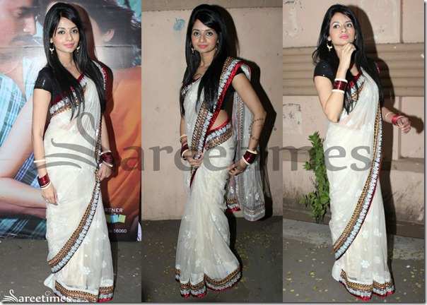 Amrutha_White_Saree