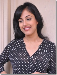 priya_banerjee_new_photos