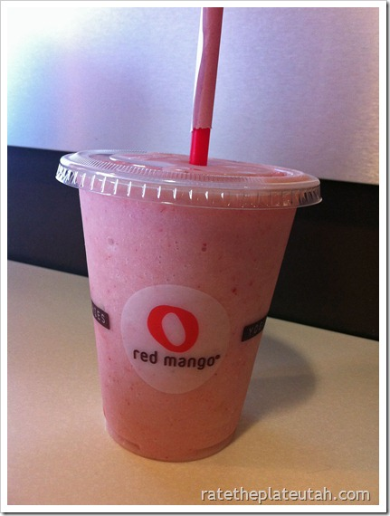 Red Mango Strawberry Banana Smoothie