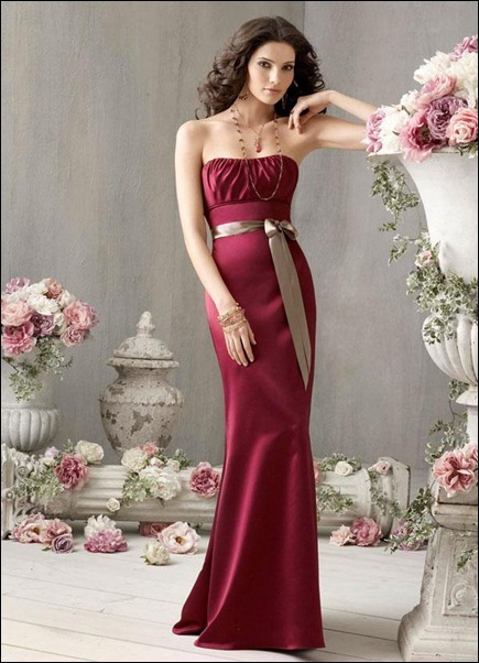 bridesmaid_dresses_burgundy_satin_curved_gathered_neckline_sleeveless_floor-length_hemline_01