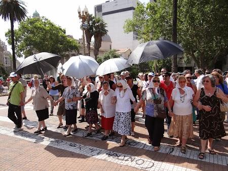 20. Mamele militante din Plaza de Mayo.JPG