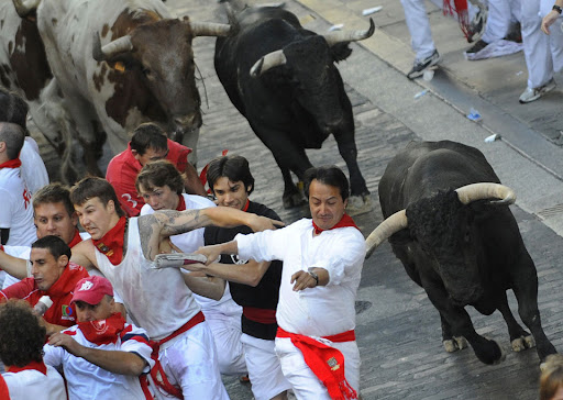 8c6eae41 PamploGP13 Running with the Bulls