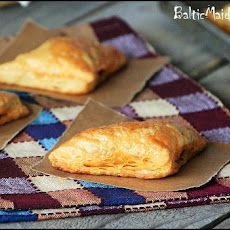 Pastelitos de Picadillo – Cuban Meat Pastries