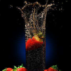 strawberry drop by Vernon Mata - Food & Drink Fruits & Vegetables