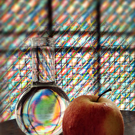 Apple of my eye by Janette Ho - Artistic Objects Still Life (  )