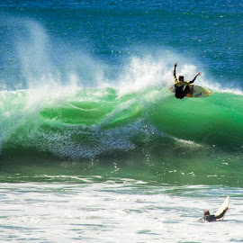 by Cezar Pegoraro - Sports & Fitness Surfing
