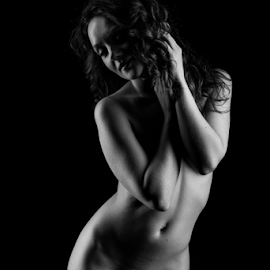 sexy Holly by Paul Phull - Nudes & Boudoir Artistic Nude ( body, art nude, black and white, shadows., curves )