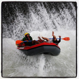 Asyikkkk.... by Heri Dirgantara - Sports & Fitness Watersports