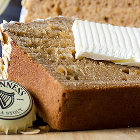 DARK MOLASSES GUINNESS IRISH BEER BREAD
