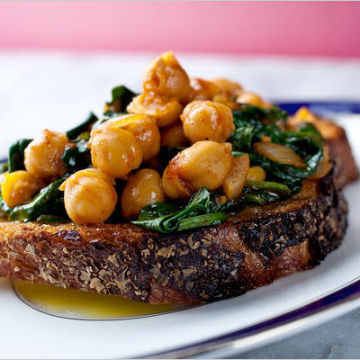 Chickpeas With Baby Spinach