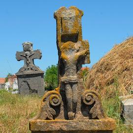 Sunken crucifix by Sámuel Zalányi - Buildings & Architecture Statues & Monuments ( exodus, cemeteries, germans, communism, banat, schwaben )