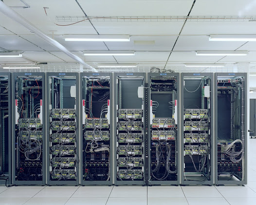 CERN  -  Geneva  Data center of the CERN  (European Organization for Nuclear Research)