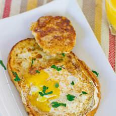 French Toasted Egg In a Hole