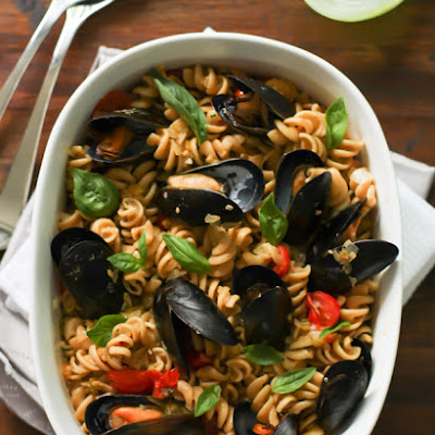 Whole Wheat Fusilli with Mussels